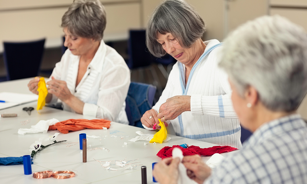 Engaging Activities for Memory Care residents at Paradise Village